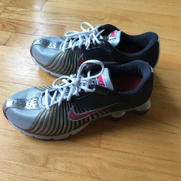 Men's Nike Shox Size 10.5